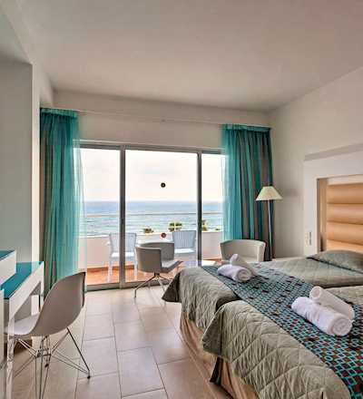 Twin/Double Sea View Room